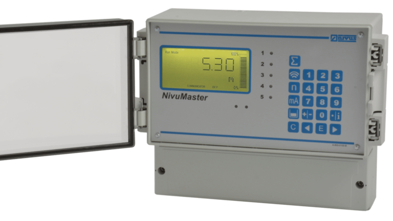 NivuMaster 5 Relais for measurement of level, volume and quantity, for pump control and for extended control tasks