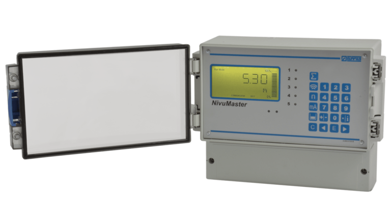 NivuMaster LF-5:2 for use in stormwater treatment plants. Independent measurement and output of liquid level and discharge volume using one single sensor